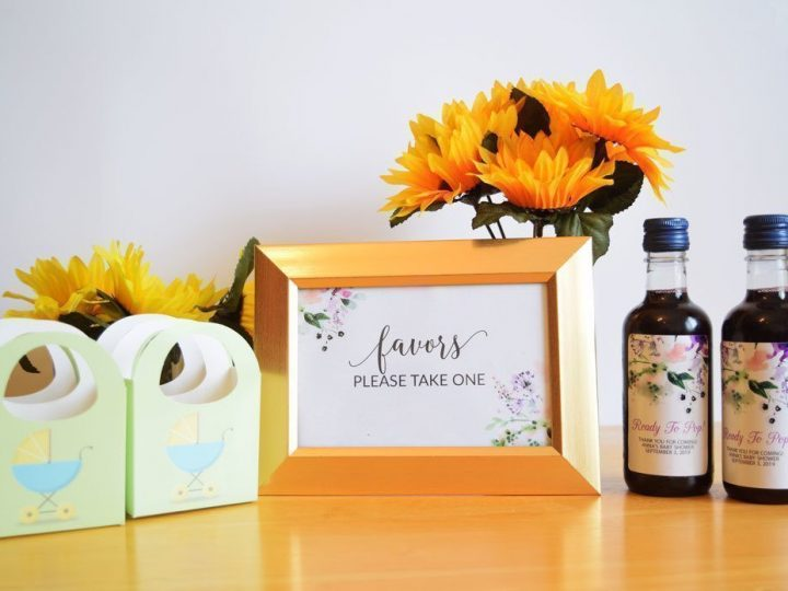 """Get This Look: Baby Shower Table Party Favors, Free """"Favors Please Take One"""""""